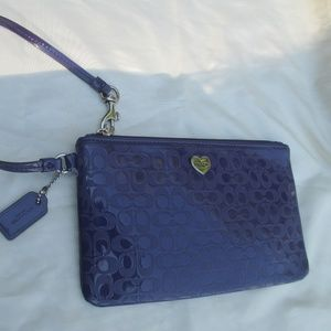 Coach PURPLE LEATHER WRISTLET CLUTCH PURSE  F51677